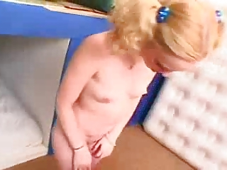 young teen Jamie Lynn fucked in bedroom